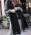 Długi szal z grubym splotem w kolorze czarnym
