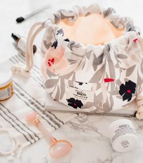 Pojemna kosmetyczka ściągana, różowe kwiaty